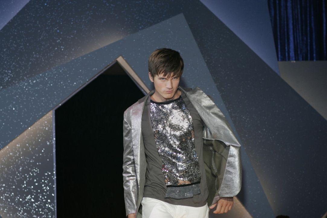 Liam Court (Matt Lanter) wird von Holly für die Modenschau eines Design-Wettbewerbes gebucht - doch das wird sie noch bereuen ... - Bildquelle: 2011 The CW Network. All Rights Reserved.