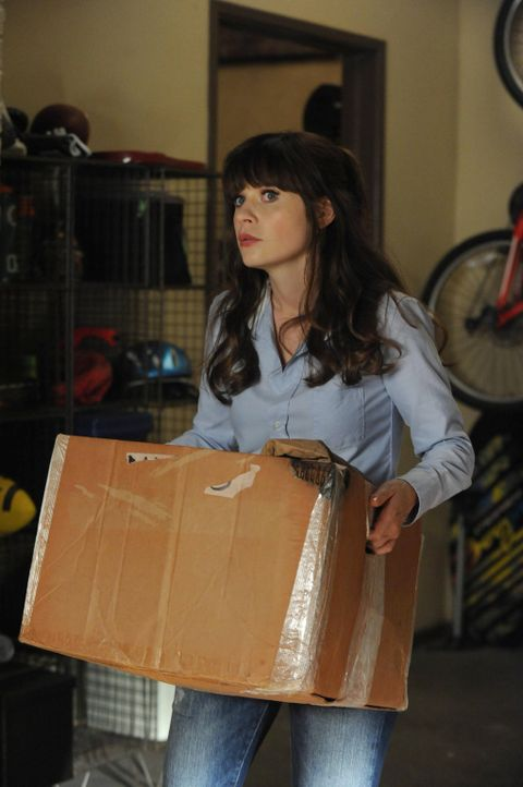 Für Jess (Zooey Deschanel) steht fest: Ihr Freund geht viel zu verschwenderisch mit seinem Erbe um. Radikal greift sie ein ... - Bildquelle: TM &   2013 Fox and its related entities. All rights reserved.