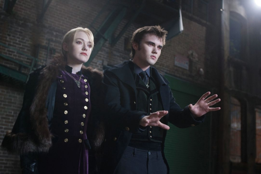 Volturi Jane und Alec - Bildquelle: 2012 Summit Entertainment, LLC. All rights reserved.