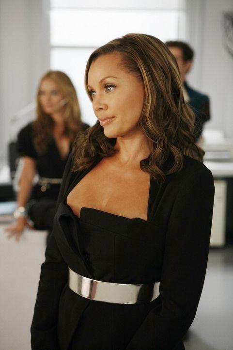 Wilhelmina (Vanessa Williams) bemerkt, dass Betty versucht Daniel zu helfen, wieder Fuß bei MODE zu fassen. Um dies zu unterbinden, gibt sie Betty d... - Bildquelle: 2008   ABC Studios