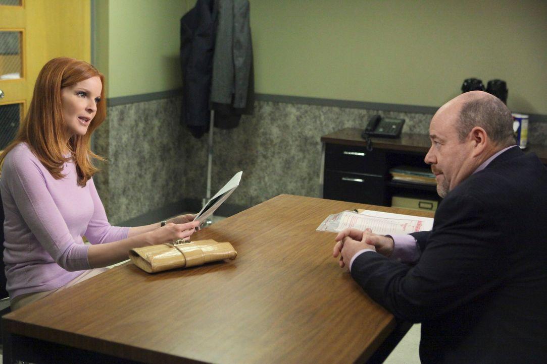 Detective Murphy (Michael Dempsey, r.) möchte Bree (Marcia Cross, l.) hinter Gittern sehen. Doch wird ihm das wirklich gelingen? - Bildquelle: ABC Studios