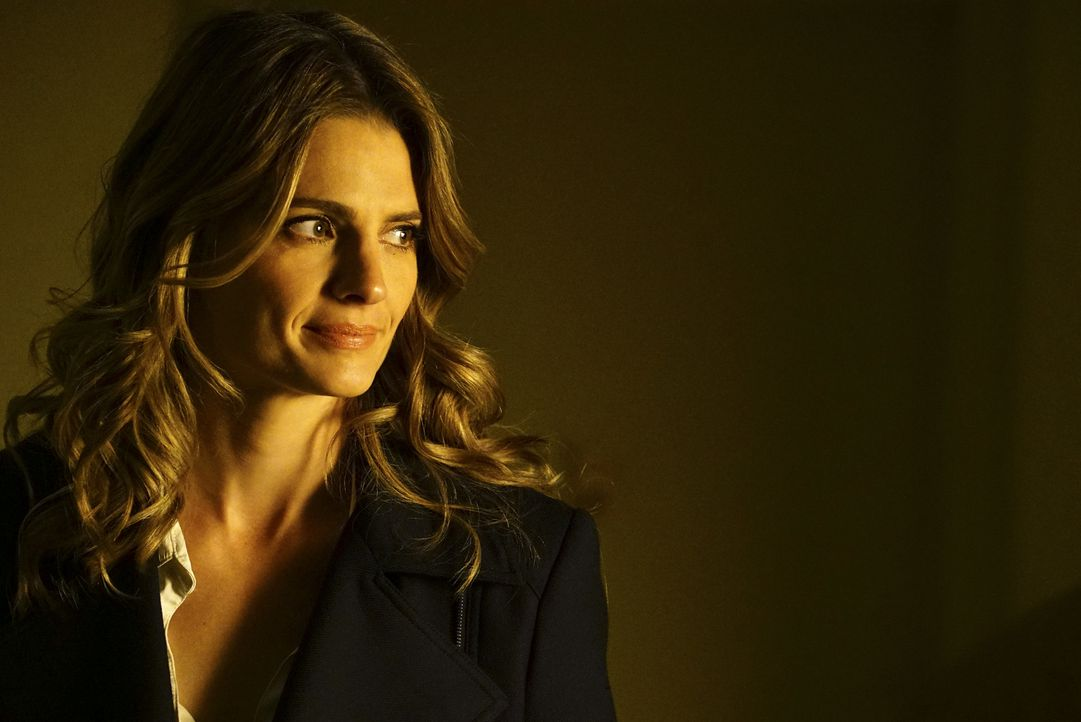 So schwer es Kate (Stana Katic) auch fällt: Sie muss Castle Recht geben, was seine Vermutungen betrifft ... - Bildquelle: Richard Cartwright ABC Studios