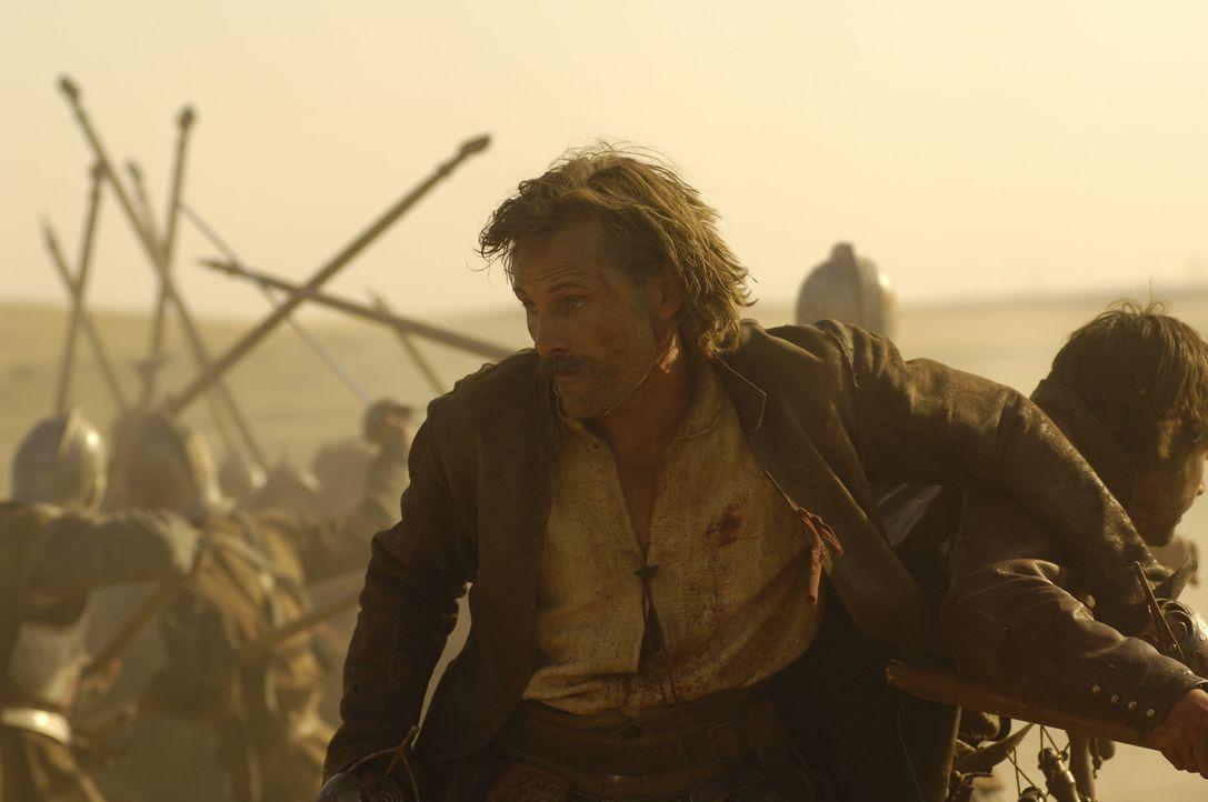 In der Schlacht von Rocroi muss Alatriste (Viggo Mortensen) sein Leben riskieren, um seinen Schützling Íñigo zu schützen ... - Bildquelle: José Haro TF1 International