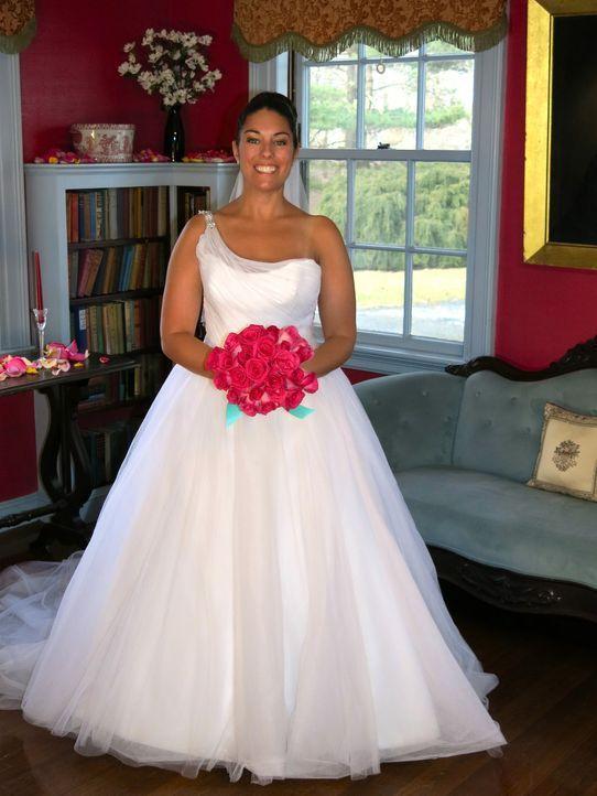 Kann Heather die anderen Bräute mit ihrer Hochzeit überzeugen? - Bildquelle: Richard Vagg DCL
