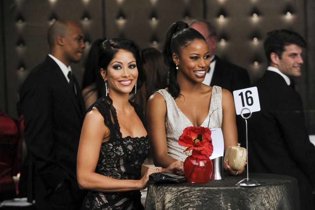 Während Raquel (Valery M. Ortiz, l.) auf den ersten Schritt von Pete wartet, muss sich Ahsha (Taylour Paige, r.) mit der neuen Situation zurechtfind... - Bildquelle: 2013 Starz Entertainment LLC, All rights reserved