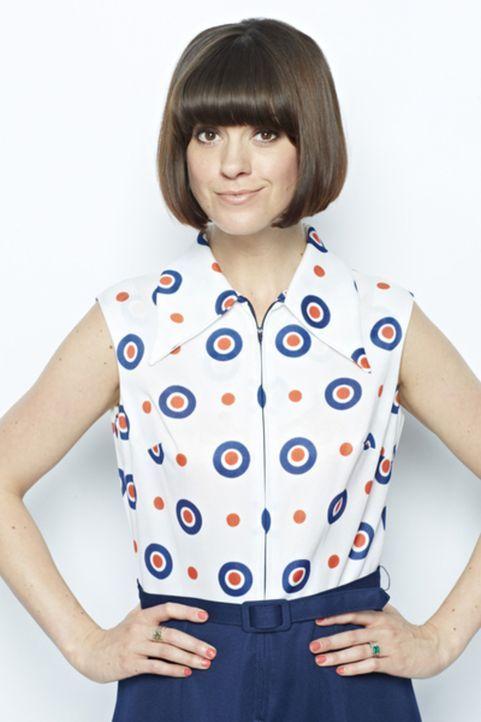 Dawn O'Porter hilft den Menschen, die viel zu viel kaufen, was sie nie wirklich tragen und zeigt ihnen, wie sie doch noch das Beste aus den Kleidung... - Bildquelle: 2012 DAN KENNEDY