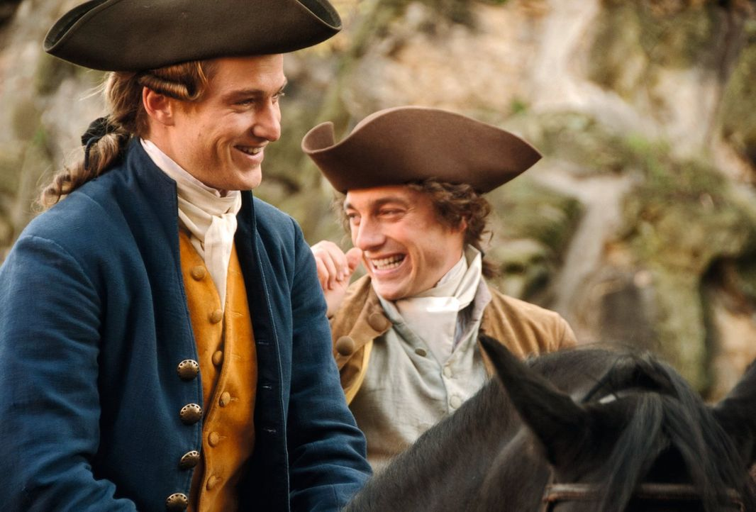 Gute Freunde: Johann Goethe (Alexander Fehling, l.) und Wilhelm Jerusalem (Volker Bruch, r.) ... - Bildquelle: Warner Brothers