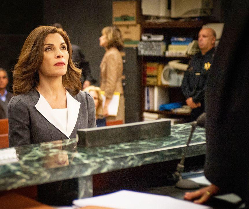 Obwohl Eli sein Bestes versucht, Alicia (Julianna Margulies) zu überreden, für die Stelle als Generalstaatsanwältin zu kandidieren, weigert diese si... - Bildquelle: David Giesbrecht 2014 CBS Broadcasting Inc. All Rights Reserved.