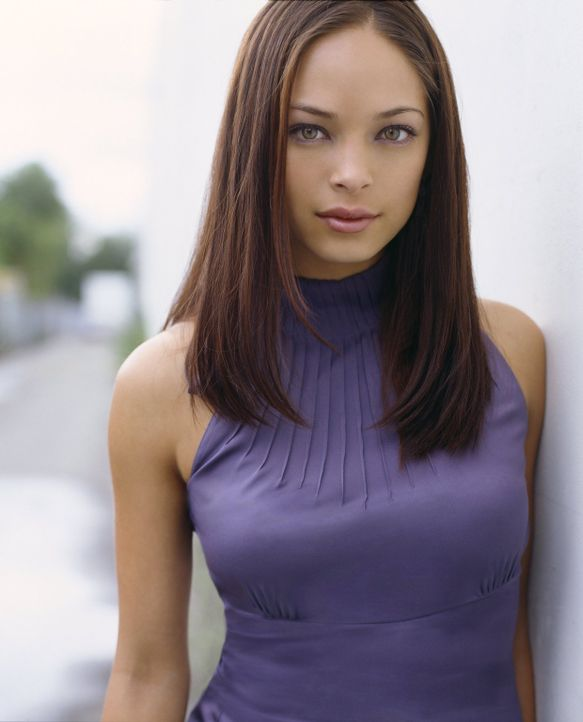 (4. Staffel) - Obwohl sie immer noch Gefühle für Clark hat, verliebt sich Lana (Kristin Kreuk) in Jason, den sie in Paris kennenlernt ... - Bildquelle: Warner Bros.