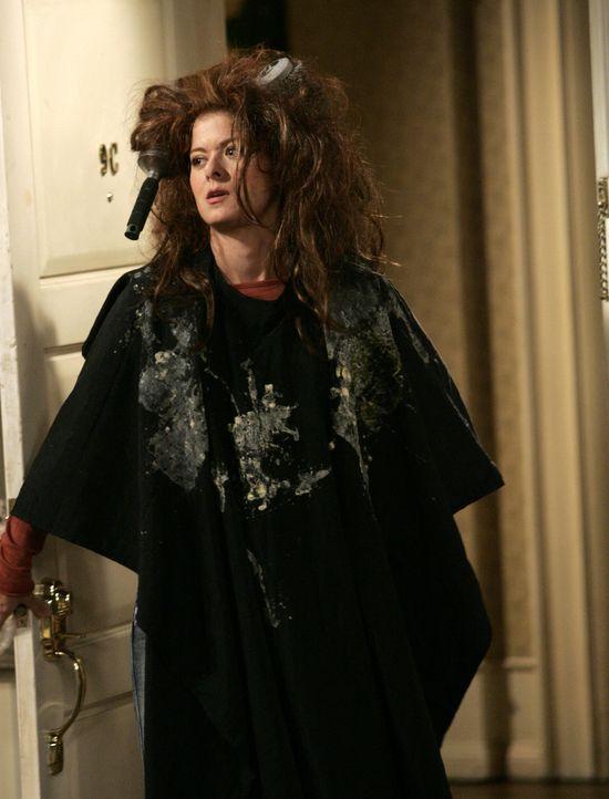 Grace (Debra Messing) ist mit ihren Styling ganz und gar nicht zufrieden ... - Bildquelle: NBC Productions