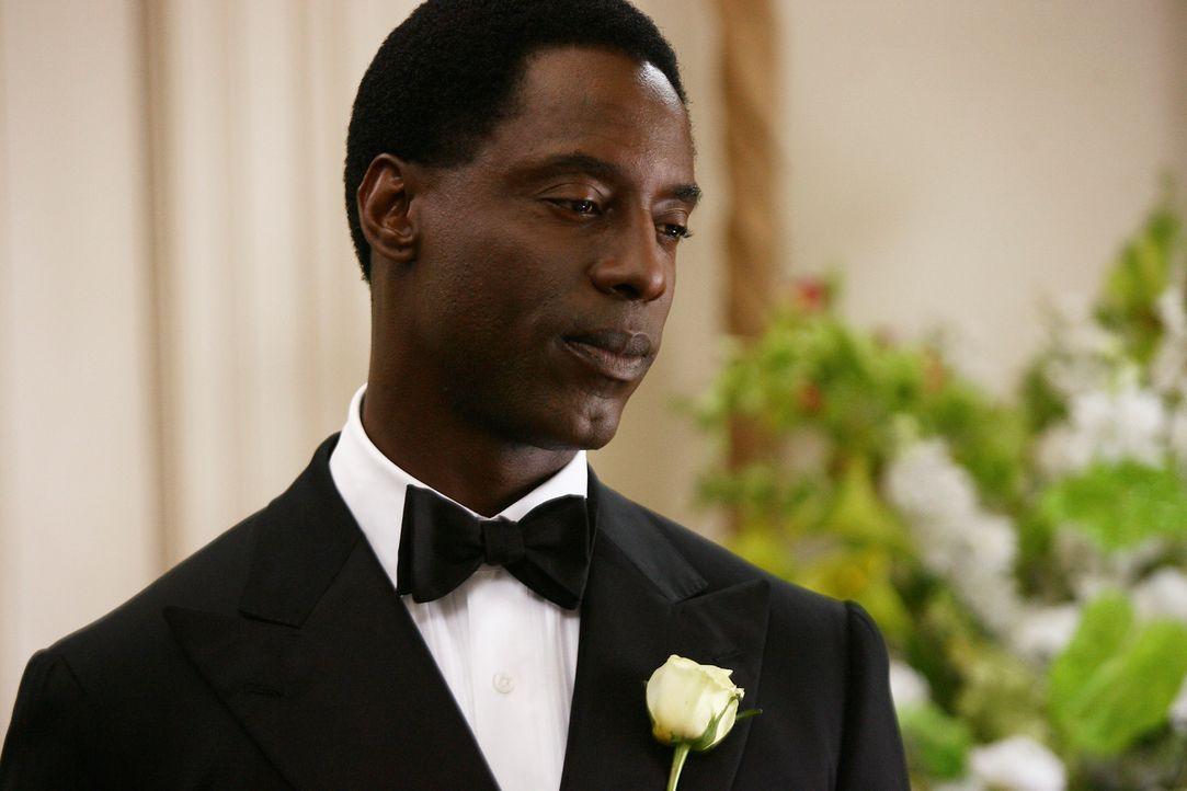 Burke (Isaiah Washington) trifft eine folgenschwere Entscheidung ... - Bildquelle: Touchstone Television