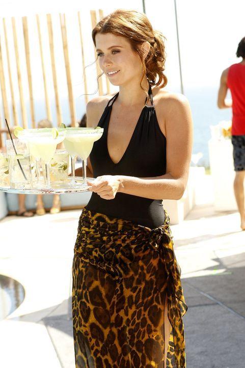 Megan (Joanna Garcia) kann es kaum erwarten, ihr erstes freies Wochenende seit Monaten mit Jacob in einem Spa zu verbringen. Doch ihre Pläne werden... - Bildquelle: Warner Bros. Television