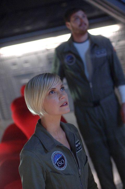 Begeben sich auf das Abenteuer ihres Lebens: Steve (Dylan Taylor, r.) und Zoe (Laura Harris, l.) ... - Bildquelle: 2009 Fox Television Studios.