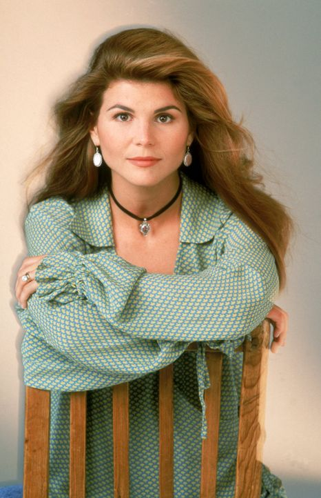 (6. Staffel) - Stellt sich dem Chaos im Tanner-Haus: Becky (Lori Loughlin) ... - Bildquelle: Warner Brothers Inc.