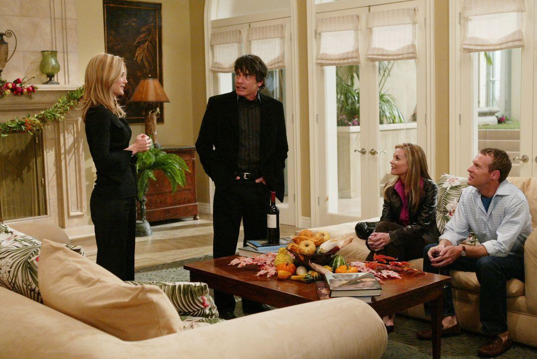 Wird es Kirsten (Kelly Rowan, l.) und Sandy (Peter Gallagher, 2.v.l.) gelingen, Jimmy (Tate Donovan, r.) mit Rachel (Bonnie Somerville, 2.v.r.) zu v... - Bildquelle: Warner Bros. Television
