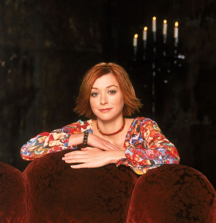 (5. Staffel) - Willow (Alyson Hannigan) ist süchtig nach Magie und Zauberei ... - Bildquelle: 2000-2001 Twentieth Century Fox Film Corporation. All rights reserved.