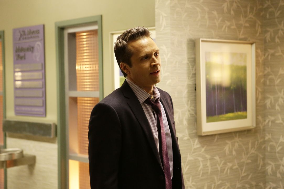 Während Ryan (Seamus Dever) die Geburt seines Kindes kaum erwarten kann, ermitteln er und der Rest von Becketts Team in einem Fall, bei dem ein Grab... - Bildquelle: Nicole Wilder 2016 American Broadcasting Companies, Inc. All rights reserved. / Nicole Wilder