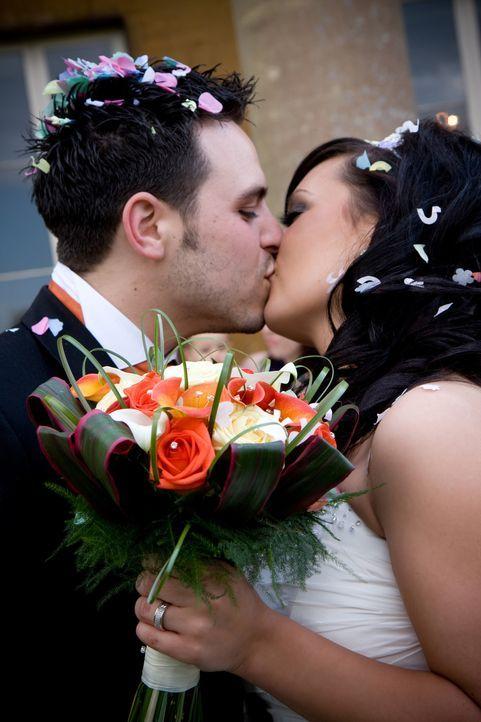 Kann Wayne im Alleingang eine märchenhafte Hochzeit auf die Beine stellen? Mit dem nötigen Bargeld und vier Wochen Zeit, keine unmögliche Aufgabe. D... - Bildquelle: Renegade Pictures Ltd