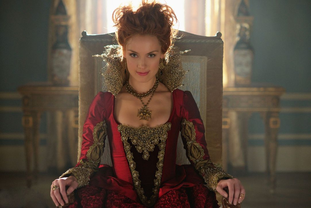 Um Mary loszuwerden, ist Catherine jedes Mittel recht, sogar ein Bündnis mit Königin Elizabeth (Rachel Skarsten) ... - Bildquelle: Sven Frenzel 2014 The CW Network, LLC. All rights reserved.