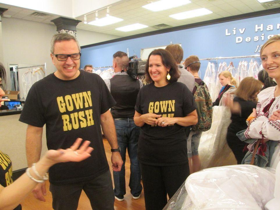 """Auf Rick (l.) und Leslie (r.) wartet ein spannender und anstrengender Tag, denn der jährliche """"Gown Rush"""" steht bevor ... - Bildquelle: TLC"""