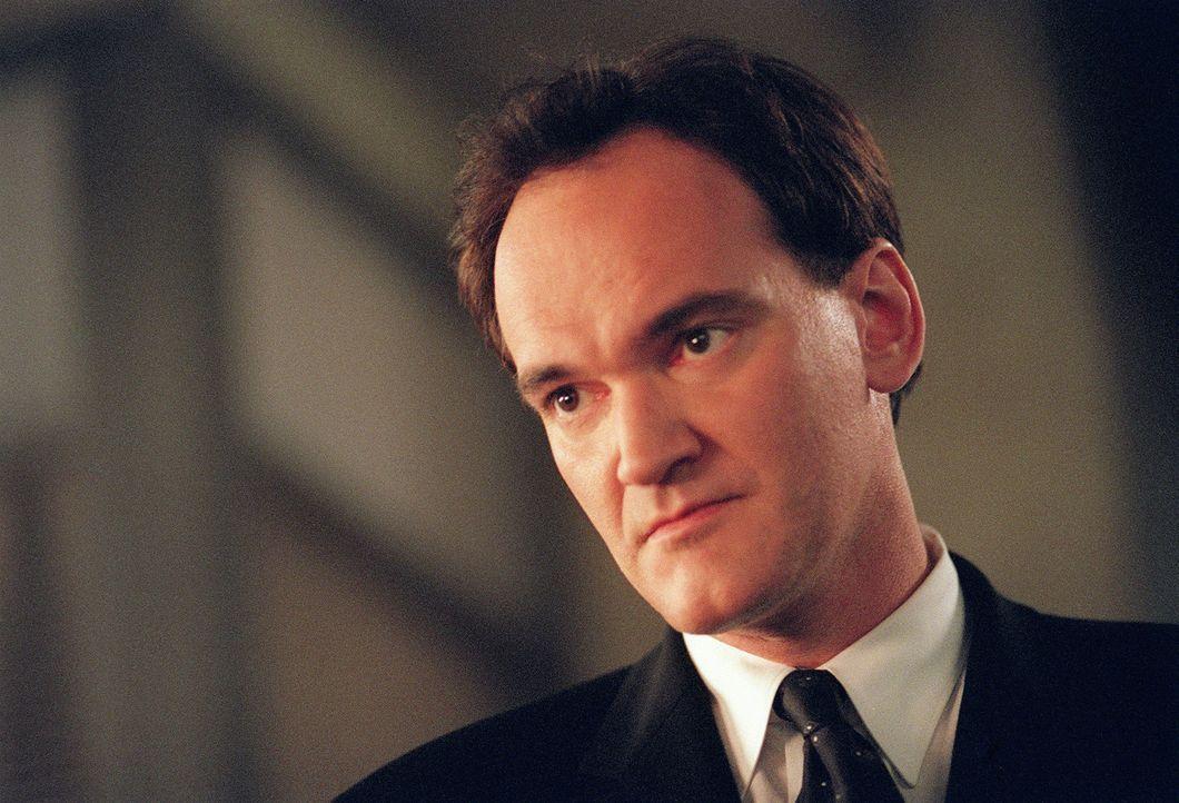 Eine schwer bewaffnete Gruppe dringt in die SD-6 Zentrale ein. Der Anführer ist McKenas Cole (Quentin Tarantino), ein früherer SD-6 Agent ... - Bildquelle: Touchstone Television