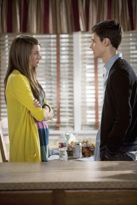 Hat die Beziehung von Amy (Shailene Woodley, l.) und Ben (Ken Baumann, r.) noch eine Chance? - Bildquelle: Randy Holmes 2009 Disney Enterprises, Inc. All rights reserved.