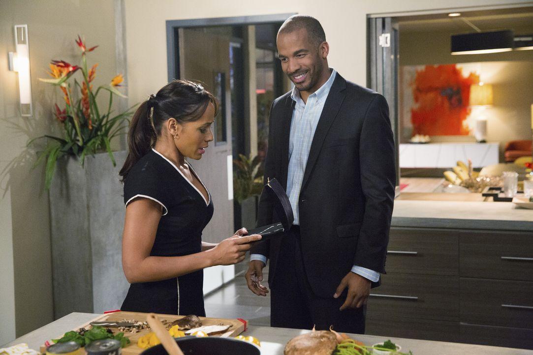Nicht nur zwischen Rosie (Dania Ramirez, l.) und Reggie (Reggie Austin, r.) steht die Frage nach der Wahrheit wie eine Mauer ... - Bildquelle: 2014 ABC Studios
