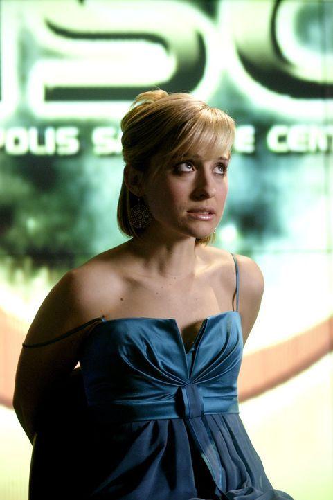 Weil Chloe (Allison Mack) Clark helfen wollte, Lois zu suchen, hackt sie sich in den FBI-Computer ein. Das bleibt nicht unentdeckt ... - Bildquelle: Warner Bros.