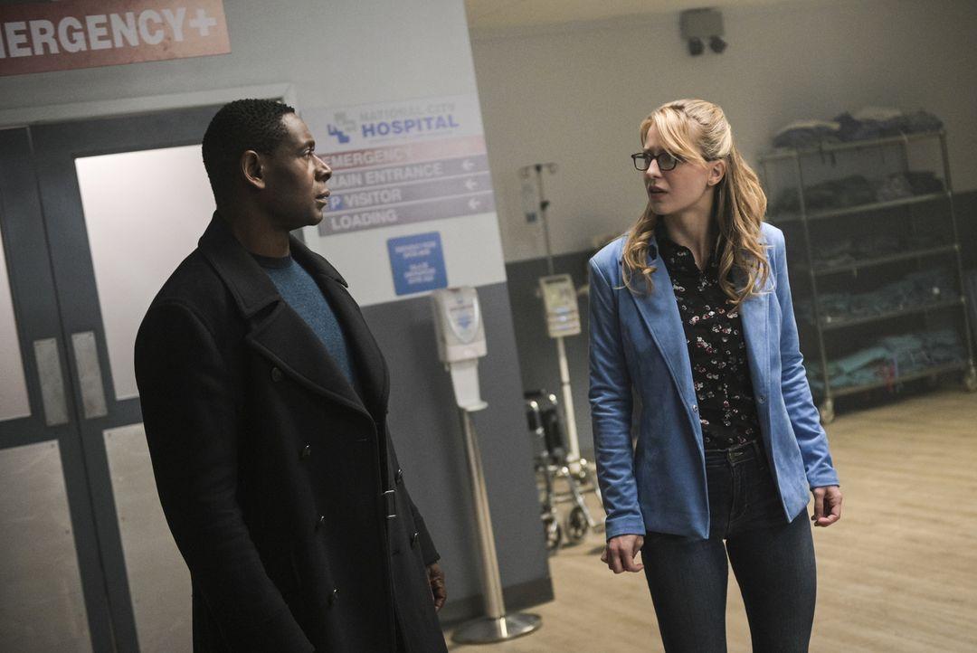 J'onn (David Harewood, l.); Kara (Melissa Benoist, r.) - Bildquelle: Sergei Bachlakov 2018 The CW Network, LLC. All Rights Reserved.