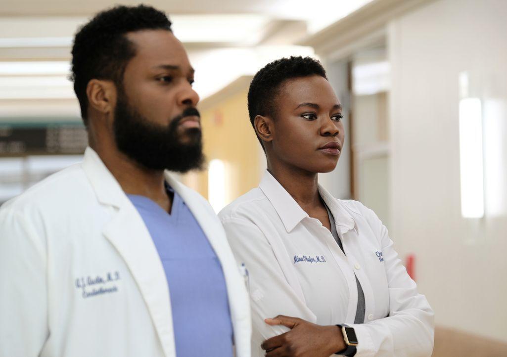 Dr. AJ Aust (Malcom-Jamal Warner, l.); Dr. Mina Okafor (Shaunette Renée Wilson, r.) - Bildquelle: 2018-2019 Twentieth Century Fox Film Corporation. All rights reserved.