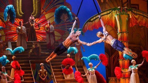 Cirque du Soleil Paramour 4