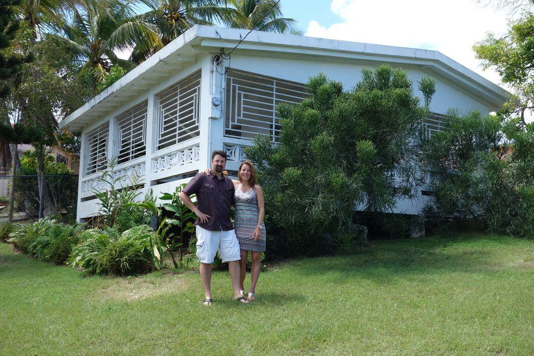 Ein Schlüsselfertiges Haus oder eine Immobilie an der noch gebaut werden muss? Jolyon (l.) und Sarah (r.) sind sich nicht einig, was sie wirklich wo... - Bildquelle: 2014, HGTV/Scripps Networks, LLC. All Rights Reserved.