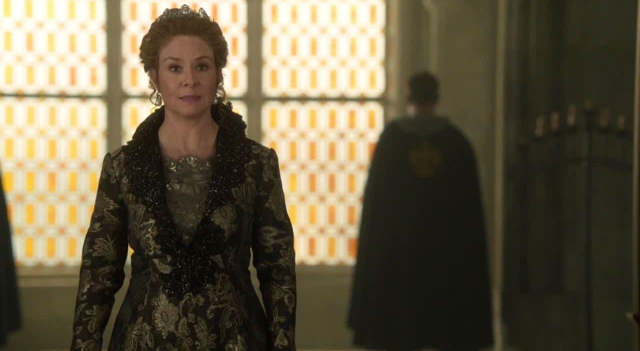 Catherine vor Gericht - Bildquelle: 2014 The CW Network. All Rights Reserved.