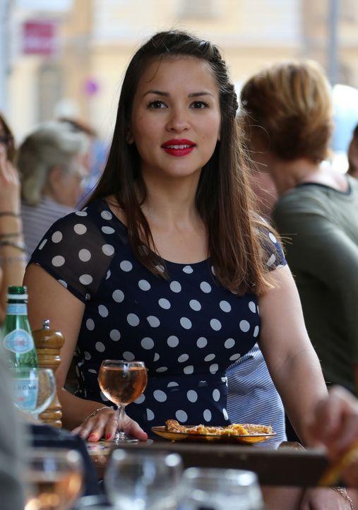 In Nizza lernt Rachel viel über die französische Küche ... - Bildquelle: Richard Hall BBC 2014