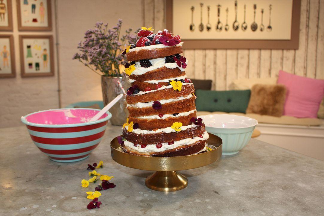 Folge-9_Naked-Cake-(1)
