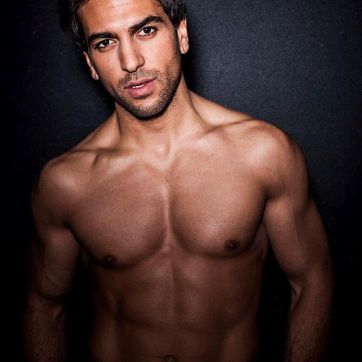 Platz 19 der heißesten Männer oben ohne: Elyas M'Barek - Bildquelle: Facebook (Elyas M'Barek)