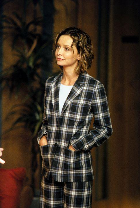 Noch ahnt Ally (Calista Flockhart) nicht, dass gleich mehrere Männer mit ihr ausgehen wollen ... - Bildquelle: 2001 Twentieth Century Fox Film Corporation. All rights reserved.