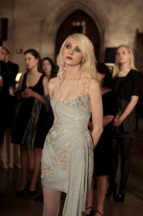 Jenny (Taylor Momsen) will nicht, dass ihr Vater über Gossip Girl von ihrer Drogen-Vergangenheit erfährt ... - Bildquelle: Warner Bros. Television