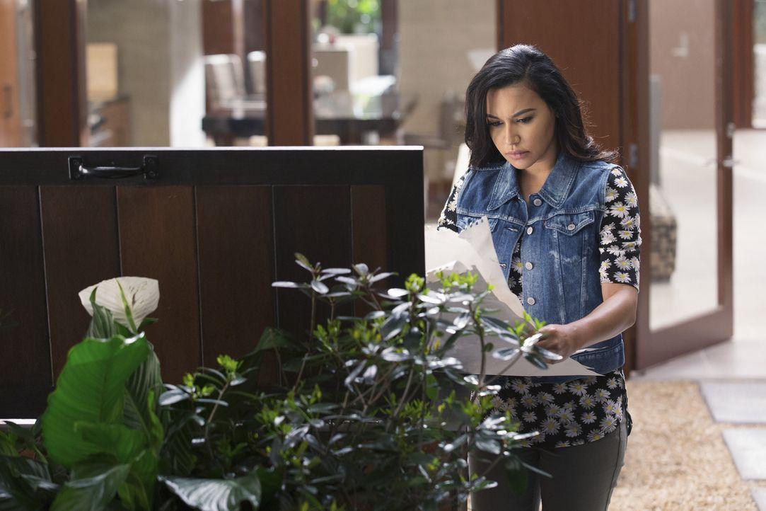 Blanca (Naya Rivera) macht sich immer mehr Sorgen wegen der jungen Katy und nach und nach wird ihr bewusst, dass in dieser Familie etwas ganz und ga... - Bildquelle: Bob Mahoney 2015 American Broadcasting Companies, Inc. All rights reserved.