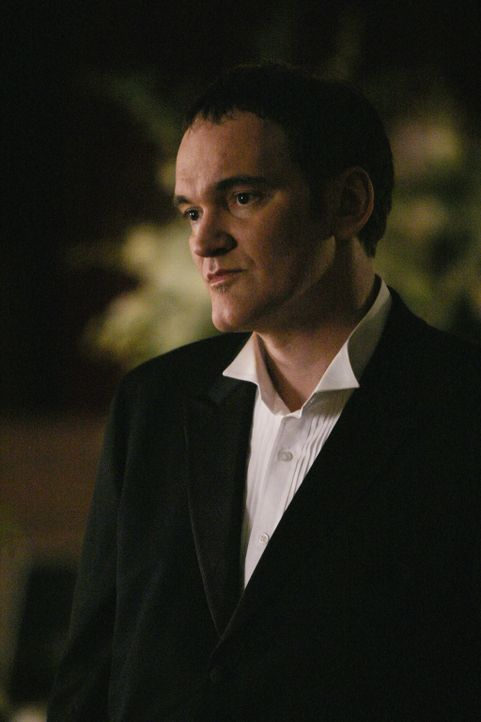 Als Sark McKenas Cole (Quentin Tarantino) aufsucht, weiß der bereits von den Morden ... - Bildquelle: Touchstone Television