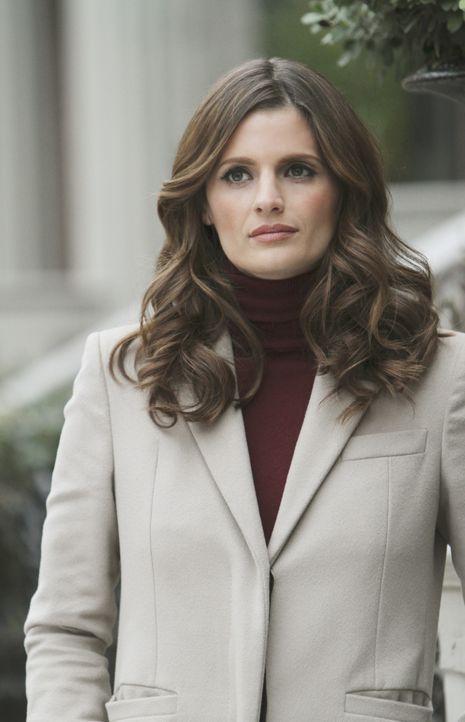 Als Beckett (Stana Katic) an einem Tatort eintrifft, ist Castle zu ihrer Verwunderung bereits vor Ort, denn die erfolgreiche Designerin Vicky Westla... - Bildquelle: ABC Studios