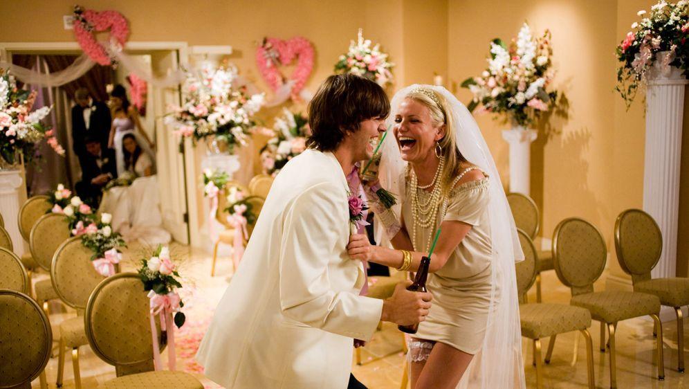 Love Vegas - Bildquelle: K. C. Bailey 2008 Twentieth Century Fox Film Corporation. All rights reserved. / K. C. Bailey