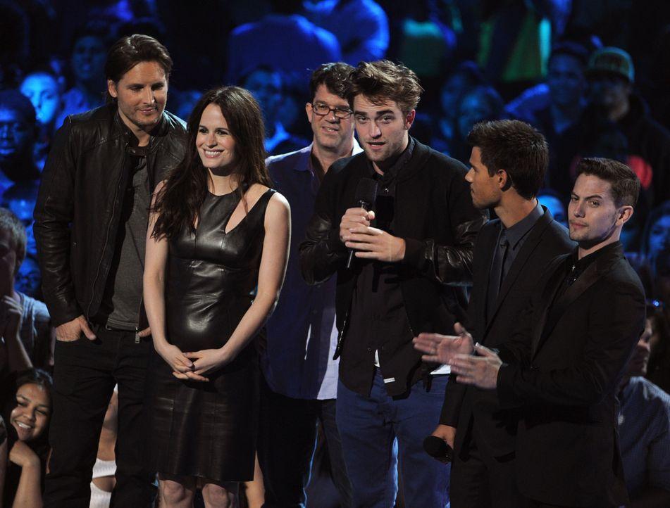 Robert Pattinson und Co. bei MTV VMAs für Twiligth! - Bildquelle: AFP
