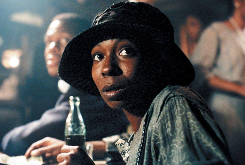 Das Leben von Celie (Whoopi Goldberg) ist die reinste Hölle, doch ihr fehlt der Mut, ihren gewalttätigen Mann Albert zu verlassen ... - Bildquelle: Warner Bros.