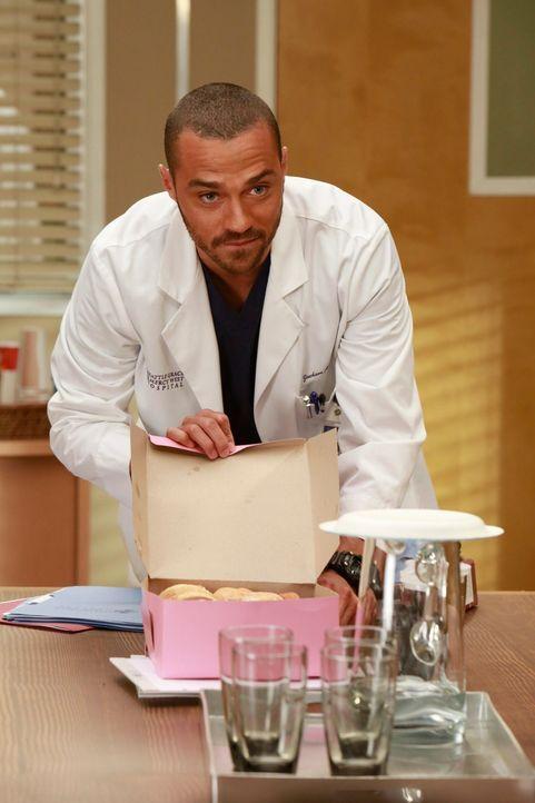 Jackson (Jesse Williams) soll den Chefposten übernehmen und scheint sichtlich überfordert mit der neuen Situation zu sein ... - Bildquelle: ABC Studios