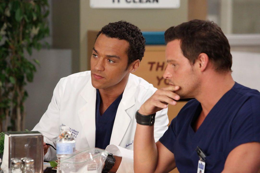 Wenige Wochen sind seit dem Flugzeugabsturz vergangen. Während sich Cristina nicht in ihren neuen Kollegenkreis integrieren kann, können Alex (Justi... - Bildquelle: ABC Studios