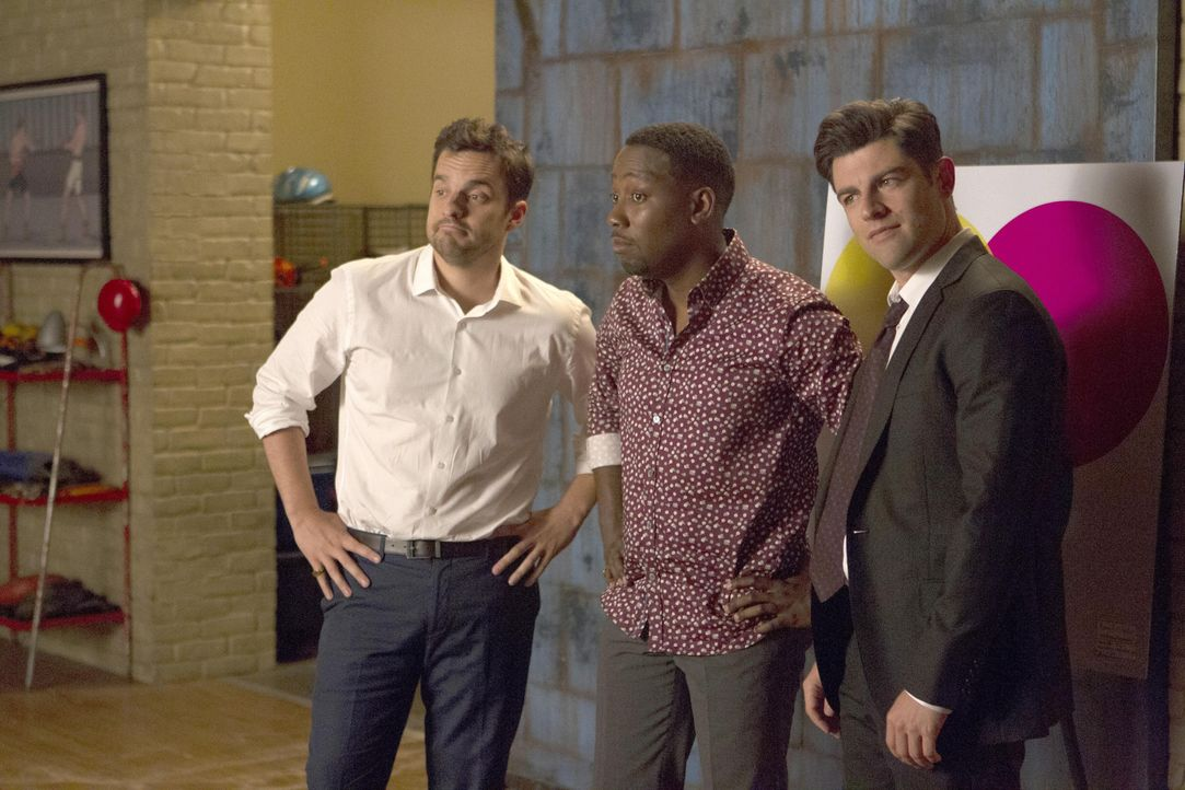 Die Verlobungsfeier von Schmidt (Max Greenfield, r.) und Cece steht bevor. Wie werden sich Nick (Jake Johnson, l.), Winston (Lamorne Morris, M.) und... - Bildquelle: John P. Fleenor 2016 Fox and its related entities. All rights reserved. / John P. Fleenor