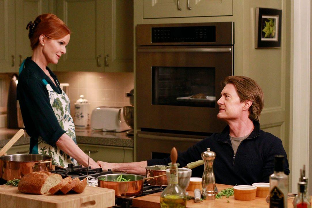 Susan findet heraus, wer der Vater von Julies ungeborenem Kind ist, während Orson (Kyle MacLachlan, r.) vorgibt, Brees (Marcia Cross, l.) Leben wied... - Bildquelle: Touchstone Pictures