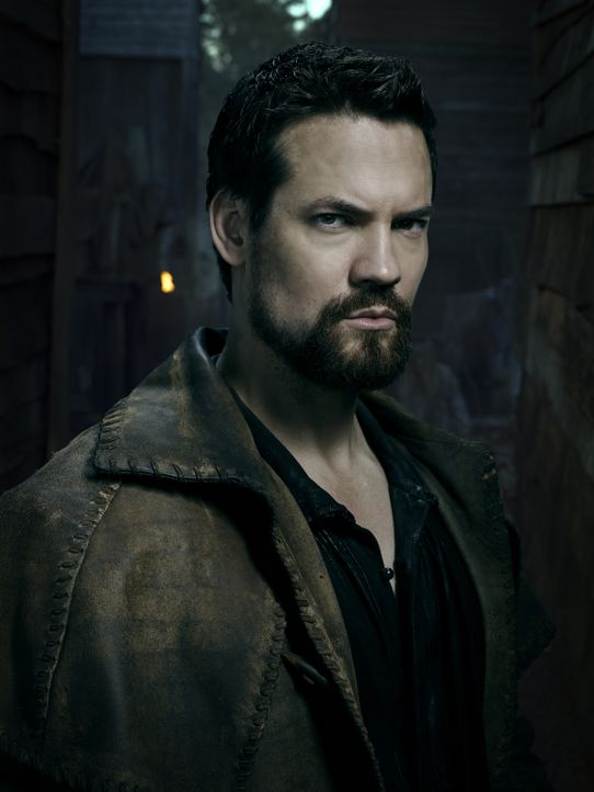 (3. Staffel) - Versucht weiterhin, Salem und dessen Bewohner vor dem Bösen zu schützen: John Alden (Shane West) ... - Bildquelle: Justin Stephens 2016-2017 Fox and its related entities.  All rights reserved.