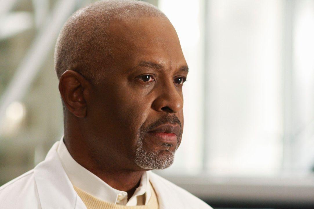Ist enttäuscht, da Bailey in die Kinderchirurgie wechseln möchte: Dr. Webber (James Pickens, Jr.) ... - Bildquelle: Touchstone Television